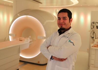 MEDICOS Y TECNICOS CERTIFICADOS