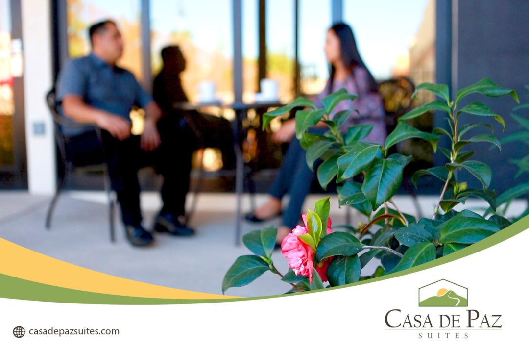 Casa_de_Paz-Bistro-Tables2